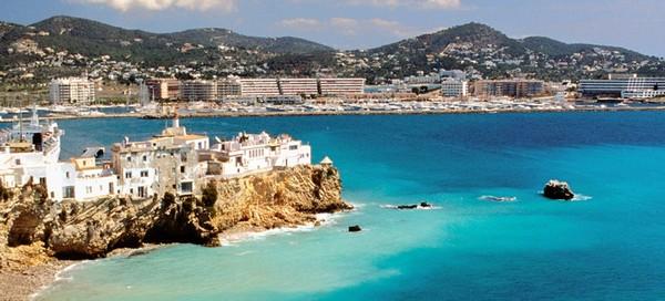 Ibiza-Spanielsko-Ubytovanie-dovolenka-zajazd